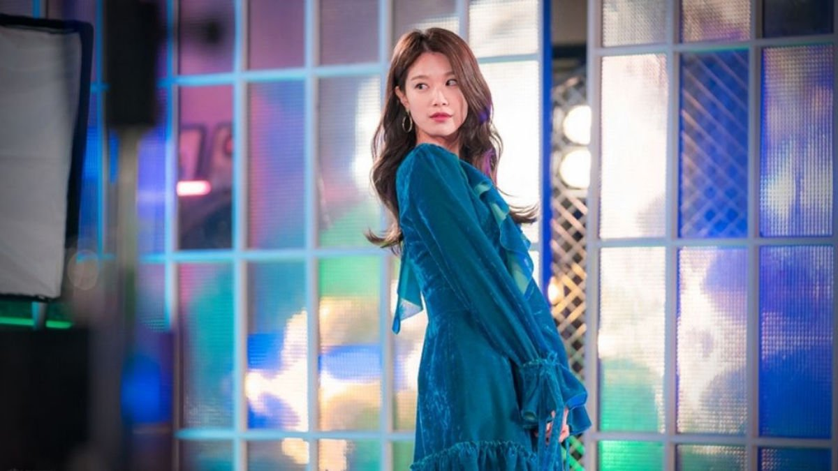 Lee Joo Woo as Min Soo Ah