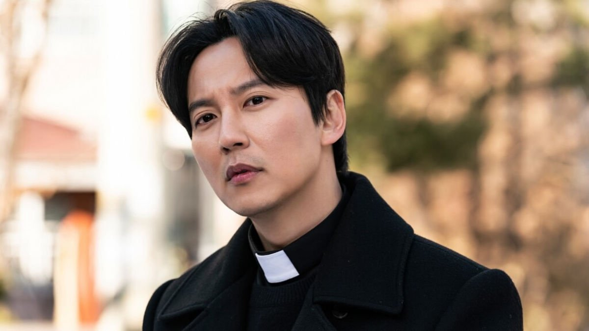 Kim Nam Gil as Kim Hae Il