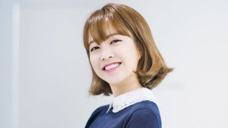 Park Bo Young Wallpapers HD Pack Download (ZIP)